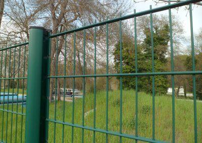 Clôture rigide avec panneau double fil